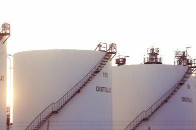 Ölpreise bleiben weiter unter Druck